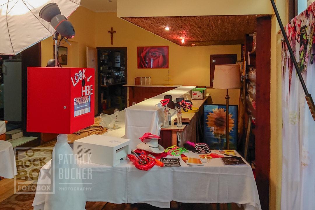 Aufbau der Fotobox beim Kaiser in Unterloisdorf auf einer Hochzeit